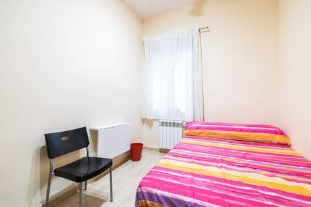 Private room for rent from 30 Jun 2019 (Calle Mesonero Romanos, Madrid)