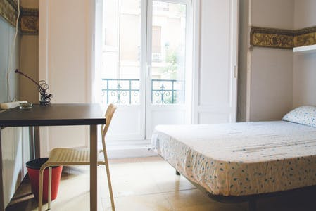 Private room for rent from 31 Aug 2019 (Calle del Conde de Romanones, Madrid)