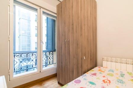 Private room for rent from 31 Jan 2020 (Calle del Conde de Romanones, Madrid)