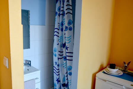 Private room for rent from 01 Sep 2019 (Dwarsstraat, Saint-Josse-ten-Noode)