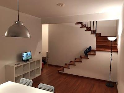 Stanza in affitto a partire dal 01 ago 2018 (Via Luigi Ploner, Roma)