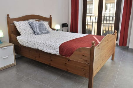 Apartment for rent from 16 Jan 2019 (Carrer de l'Hospital, Barcelona)