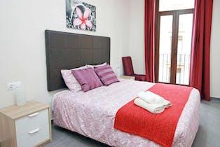 Apartment for rent from 23 Dec 2018 (Carrer de l'Hospital, Barcelona)