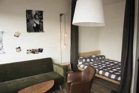 Wohnung zur Miete ab 01 Apr. 2020 (Reuterstraße, Berlin)