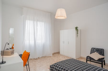 Private room for rent from 01 Jan 2020 (Via Francesco Baracca, Florence)
