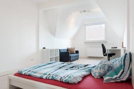 Stanza privata in affitto a partire dal 30 Jun 2019 (Junggesellenstraße, Dortmund)