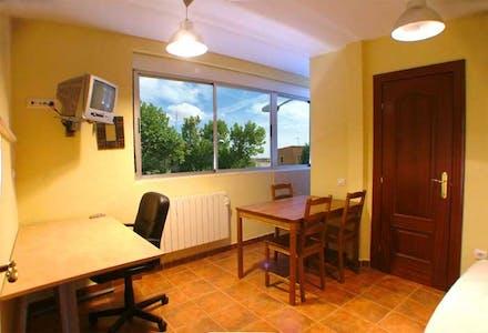 整套公寓租从24 6月 2018 (Calle de la Velles, Salamanca)