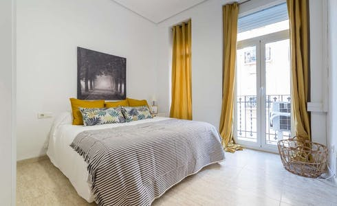 Apartment for rent from 31 Jul 2018 (Carrer dels Vivons, Valencia)