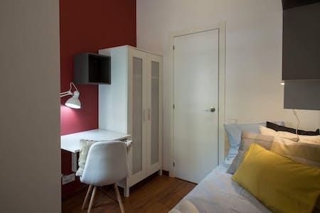Privatzimmer zur Miete von 01 Mar 2020 (Ronda de Sant Pere, Barcelona)
