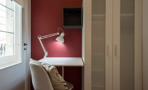 Room for rent from 20 Apr 2018 (Ronda de Sant Pere, Barcelona)