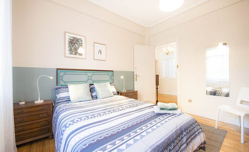 Chambre à partir du 01 juil. 2018 (Alberca Doktorearen Kalea, Bilbao)