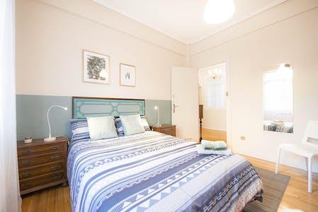 Room for rent from 01 Oct 2018 (Alberca Doktorearen Kalea, Bilbao)