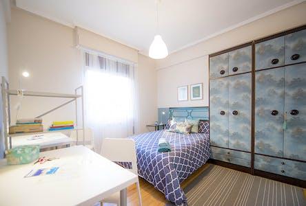Room for rent from 01 Jul 2018 (Alberca Doktorearen Kalea, Bilbao)
