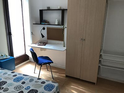 Private room for rent from 15 Sep 2020 (Carrer de Sicília, Barcelona)