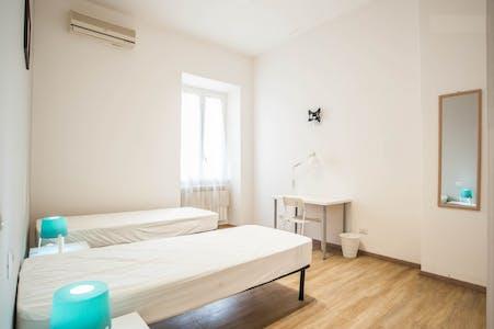 Zimmer zur Miete von 20 Juli 2018 (Via dei Frassini, Roma)