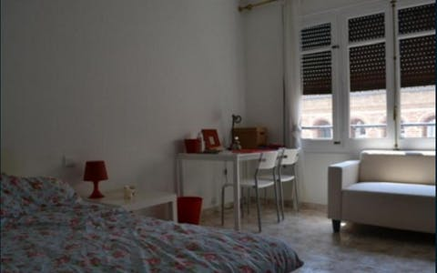 Private room for rent from 31 May 2019 (Avinguda de l'Oest, Valencia)