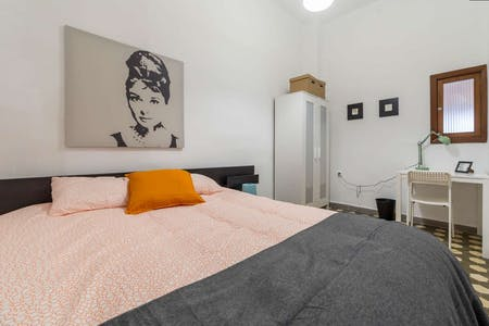 Private room for rent from 17 Jan 2019 (Carrer de Buenos Aires, Valencia)