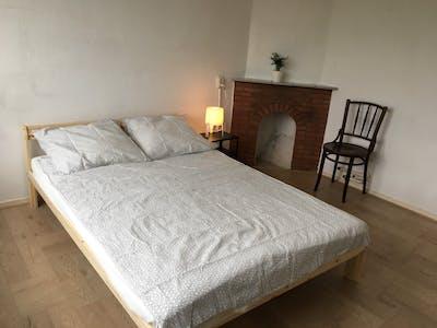 Private room for rent from 07 Jul 2020 (Julianalaan, Leeuwarden)