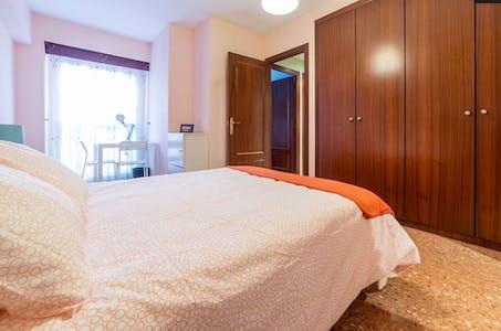 合租房间租从22 12月 2018 (Carrer de Campoamor, Valencia)