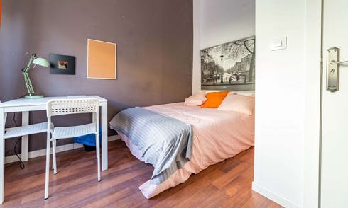 Room for rent from 16 Jul 2019 (Carrer de les Comèdies, Valencia)