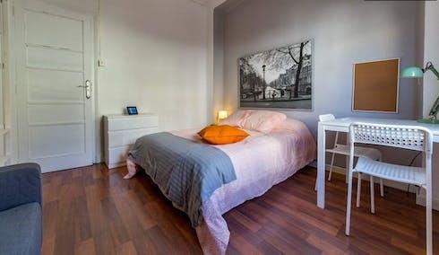 Room for rent from 05 Jul 2018 (Carrer de les Comèdies, Valencia)