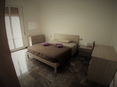 Room for rent from 24 Dec 2018 (Via delle Cinque Giornate, Florence)