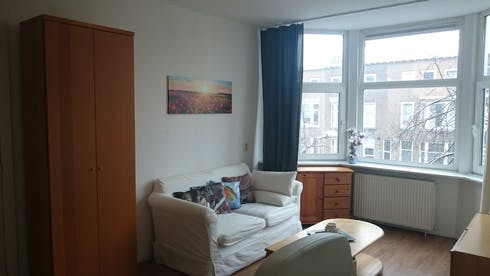 Room for rent from 24 Feb 2019 (Boerhaavelaan, Schiedam)