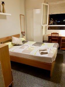 Private room for rent from 18 Sep 2019 (Avinguda del Paraŀlel, Barcelona)