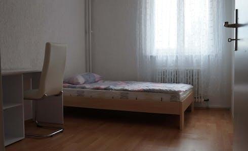Zimmer zur Miete von 01 Juli 2018 (Wilhelmsruher Damm, Berlin)