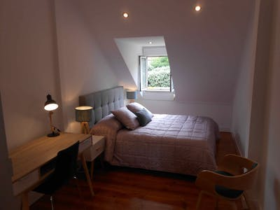 Private room for rent from 01 Sep 2019 (Rua Luís Pinto Moitinho, Lisbon)