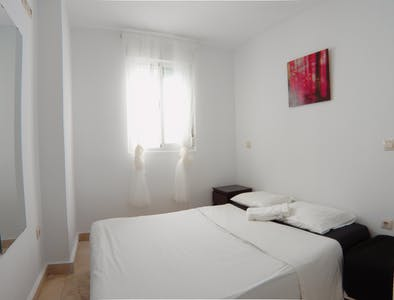 Private room for rent from 01 Feb 2019 (Calle Antonio Zamora, Madrid)