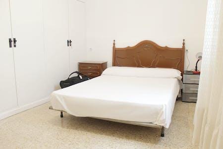 Zimmer zur Miete von 01 Feb. 2019 (Calle Gallos, Sevilla)
