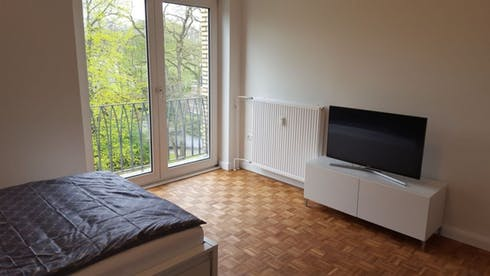Apartment for rent from 28 Jul 2020 (Sierichstraße, Hamburg)
