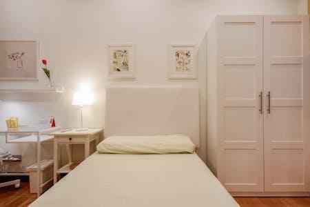 Private room for rent from 16 Jul 2019 (Aita Lojendio Kalea, Bilbao)