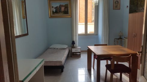 Private room for rent from 01 Sep 2019 (Via Lavinio, Roma)