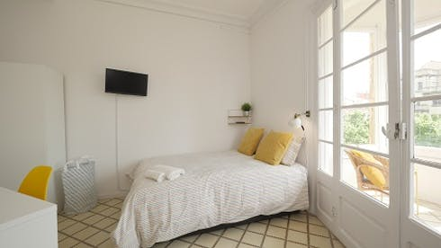 Room for rent from 16 Jun 2019 (Gran Via de les Corts Catalanes, Barcelona)