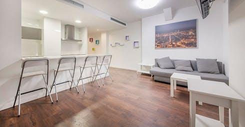 整套公寓租从21 7月 2018 (Carrer d'Aragó, Barcelona)
