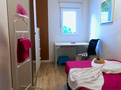 Private room for rent from 02 Jun 2019 (Calle Álvaro de Bazán, Getafe)
