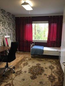 Habitación privada de alquiler desde 19 feb. 2019 (Porttikuja, Helsinki)