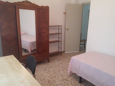 Private room for rent from 01 Aug 2019 (Calle Actor José Crespo, Murcia)