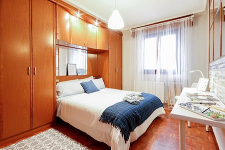 Private room for rent from 01 Jun 2020 (Iturribide Kalea, Bilbao)