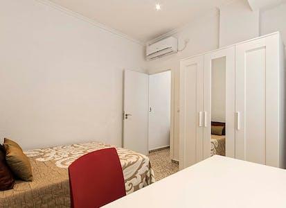 Privé kamer te huur vanaf 01 Jan 2020 (Calle Valdés, Alicante)