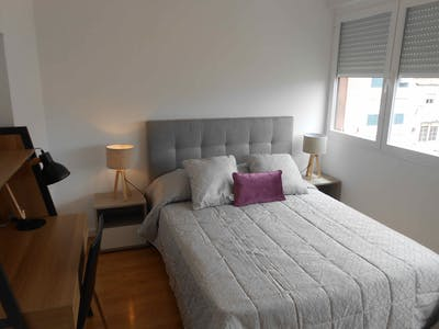 Private room for rent from 01 Jan 2020 (Rua Luís Pinto Moitinho, Lisbon)