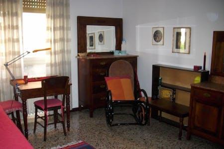 Chambre privée à partir du 23 juin 2019 (Via delle Orchidee, Milano)