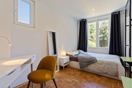 Chambre privée à partir du 01 avr. 2019 (Waterloosesteenweg, Ixelles)
