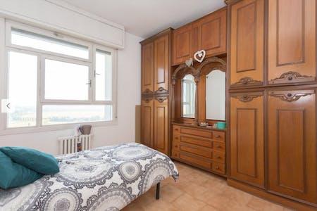 Private room for rent from 19 Jul 2019 (Via Michele Saponaro, Milano)
