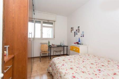 Private room for rent from 01 Jul 2019 (Via Michele Saponaro, Milano)