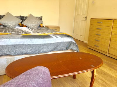 Private room for rent from 30 Mar 2020 (Fenham Road, London)