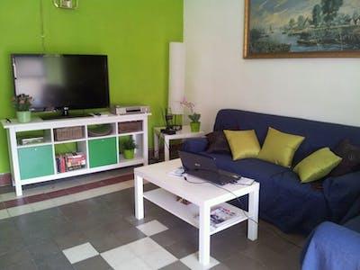 Room for rent from 16 Jul 2018 (Plaza Santa María de Gracia, Murcia)