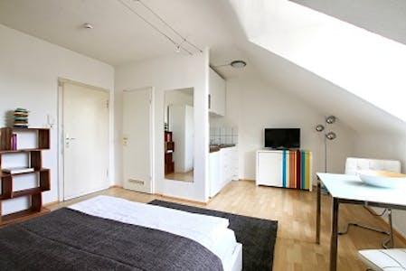 Wohnung zur Miete ab 16 März 2020 (Beethovenstraße, Köln)